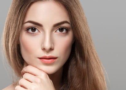 creuser les joues par chirurgie esthétique